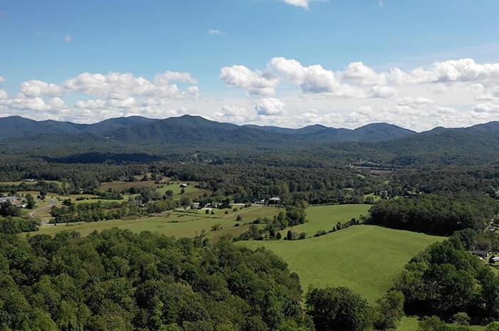 Extraordinary Mountain Country Land